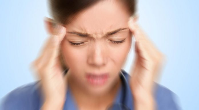 Bacteria in mouth 'linked' to migraines, says new research