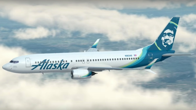 Man who catcalled flight attendant kicked off Alaska Airlines flight