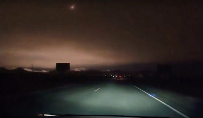 Meteorite turns night into day over Siberia (Watch)