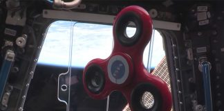 Astronauts perform spinner tricks in space (Watch)