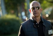 Bezos now richest man, thanks to Amazon stock