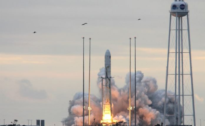 Antares launches Cygnus spacecraft to ISS