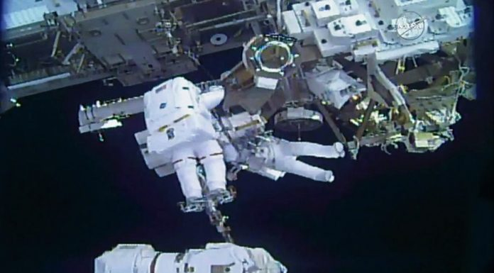 Spacewalking astronauts finish months of robot arm repairs (Video)