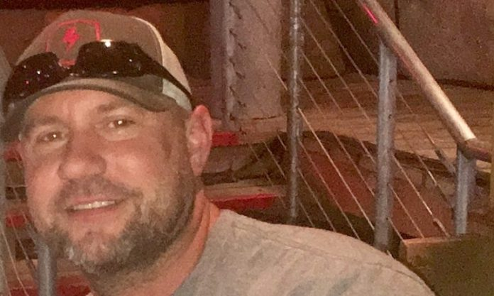 Undercover Texas officer dies after shot in the head