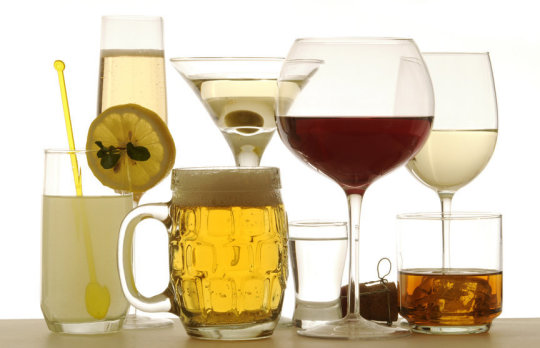 Drinking alcohol four times per week increases the risk of early death