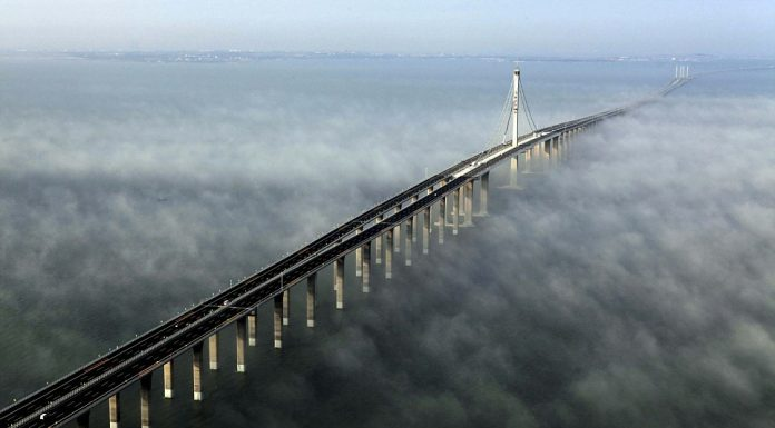 World's Longest Sea-Crossing Bridge Opens (Photo)