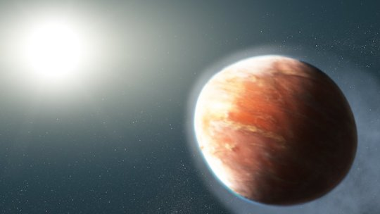 Distant 'heavy metal' gas planet is shaped like a football