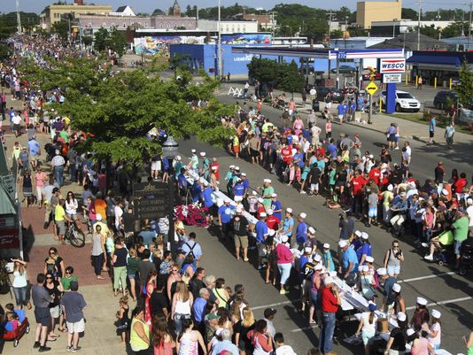 Ice Cream Sundae: Michigan breaks Guinness world record