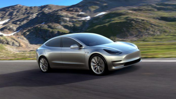 Tesla Announces Level 5 Autonomous Driving (Watch)