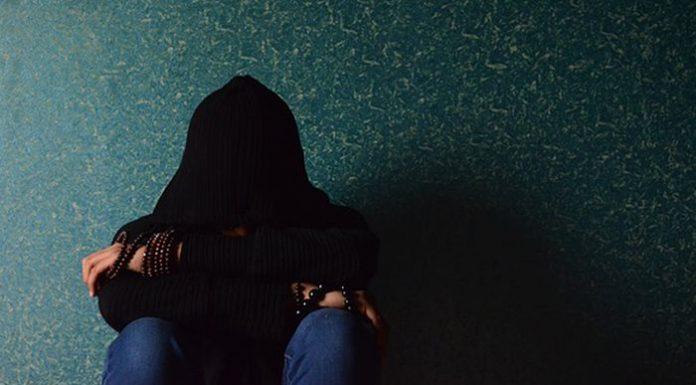 Kids still treated on adult psychiatric wards