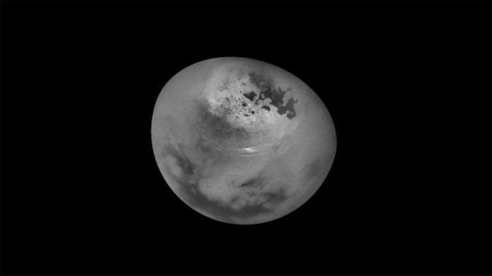 Methane Clouds Move Above Saturn's Moon Titan (Watch)