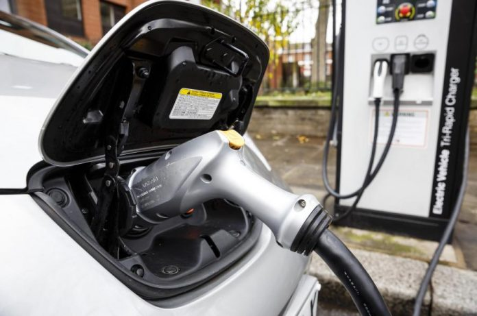 Mayors of four capital cities to ban all diesel vehicles by 2025