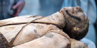 DNA Analysis Reveals Mummies' Familial Relationship