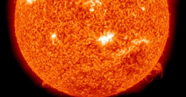 Research: A solar storm is on a collision course with Earth