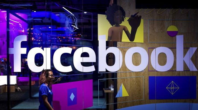 Facebook Logs Texts, Calls for Some Android Users