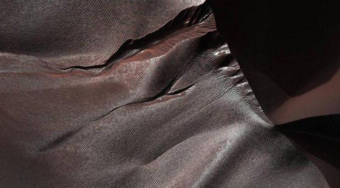 NASA: Mars Reconnaissance Orbiter shows amazing images