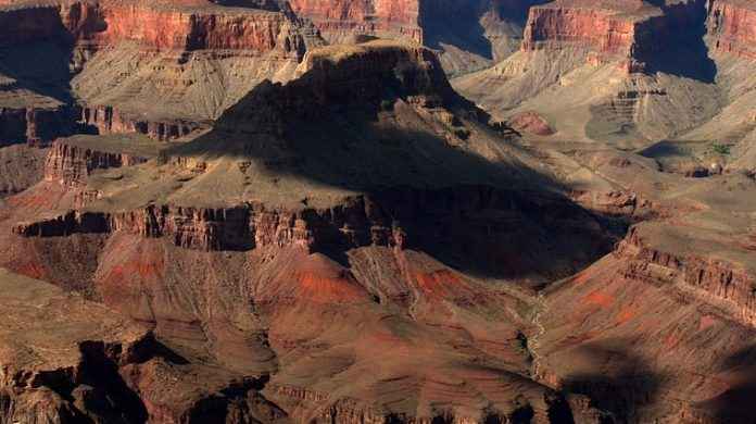 Researchers discover hidden grand canyons
