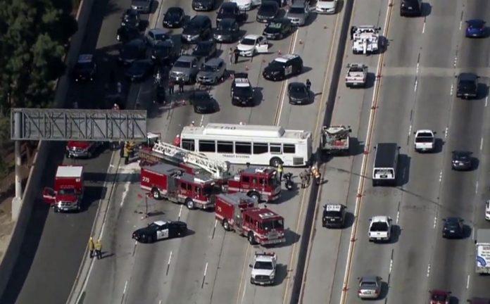 Los Angeles highway crash injures at least 25