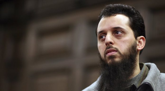 Mounir el-Motassadeq: Germany deports convicted 9/11 accomplice