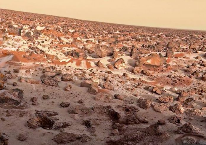Former NASA researcher says they found life on Mars in the 1970s