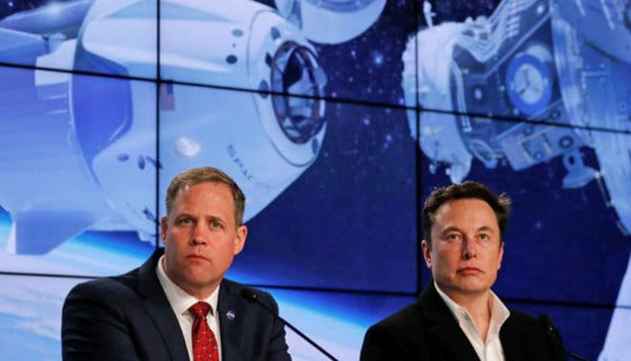 "Report: NASA and SpaceX agree commercial crew development is the ""highest priority"""