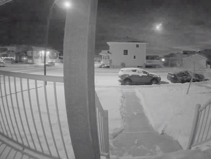 Video: Dramatic footage of meteor over Saskatoon