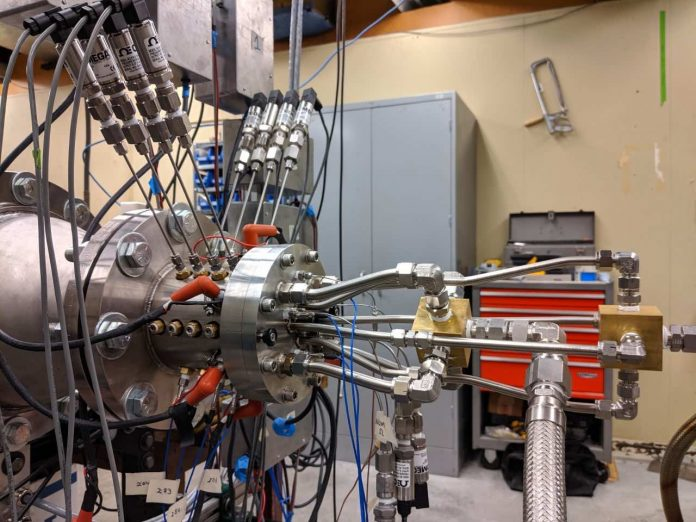 Report: Simple, fuel-efficient rocket engine could enable cheaper