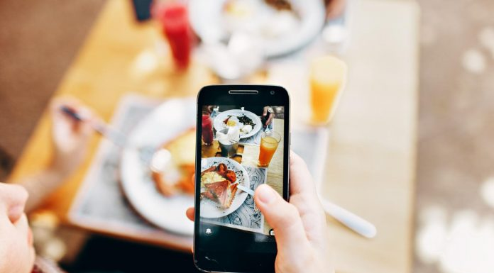 Social media users 'copy' friends' eating habits