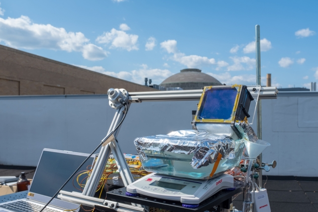 Report: System achieves new level of efficiency in harnessing sunlight to make fresh potable water from seawater