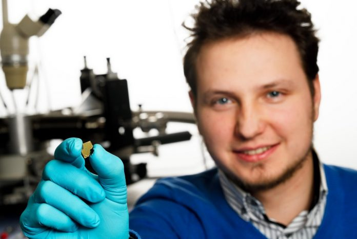 Study: Microgenerator based on nanowires replaces battery