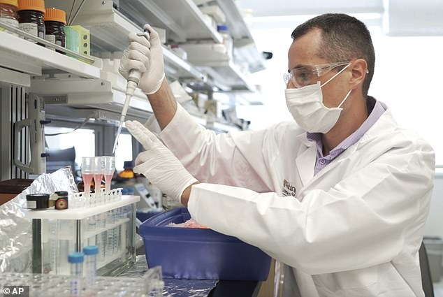 Study: New blood test could improve detection of Alzheimer's