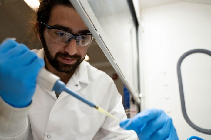 UBCO researchers create liquid-repelling substance that works on all surfaces