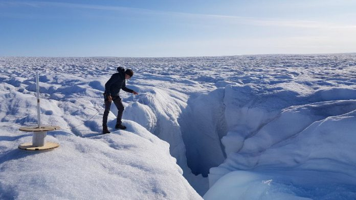 Fibre-optics used to take the temperature of Greenland Ice Sheet (Study)